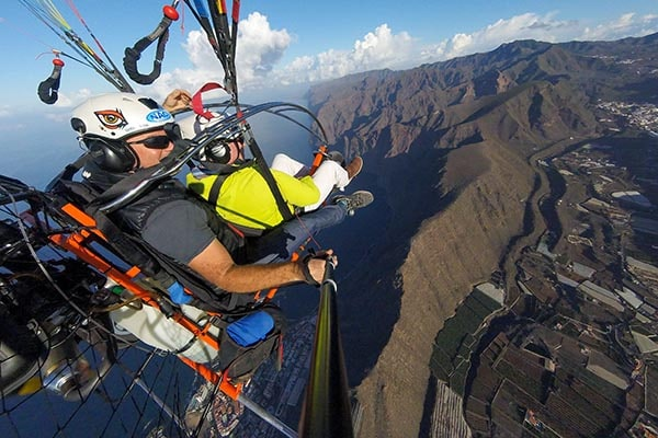 paratrike adventure flight with the world champion